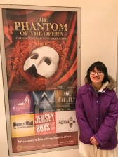 We saw Phantom a few days before i broke the wrist but Julia wanted one more picture with the poster.